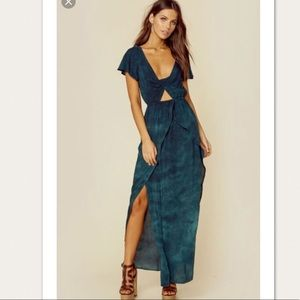 Blue Life's Camilla Peek A Boo Dress SMALL